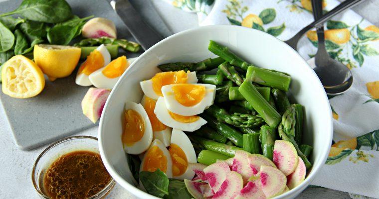 Spring Salad with Asparagus and Balsamic Vinaigrette